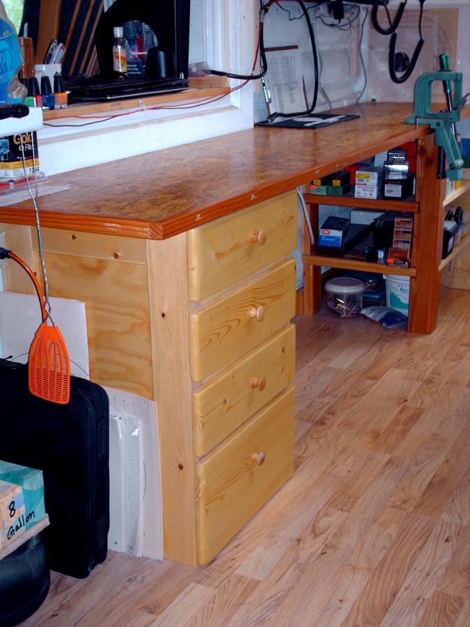 reloading bench drawers 900p